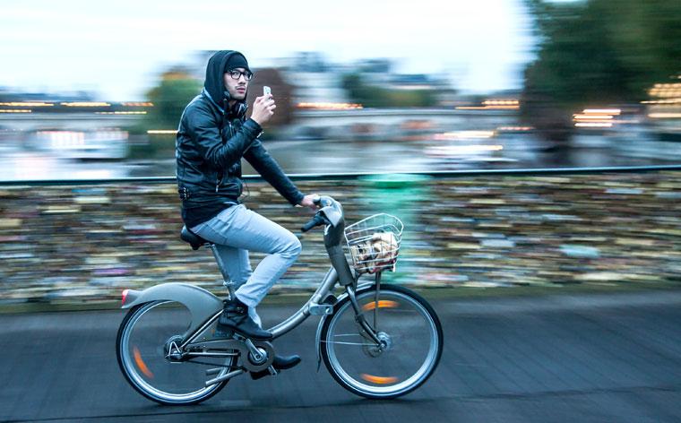 Greif deine nächste Reise beim Lenker: 5 großartige Bike-Sharing Möglichkeiten in europäischen Städten