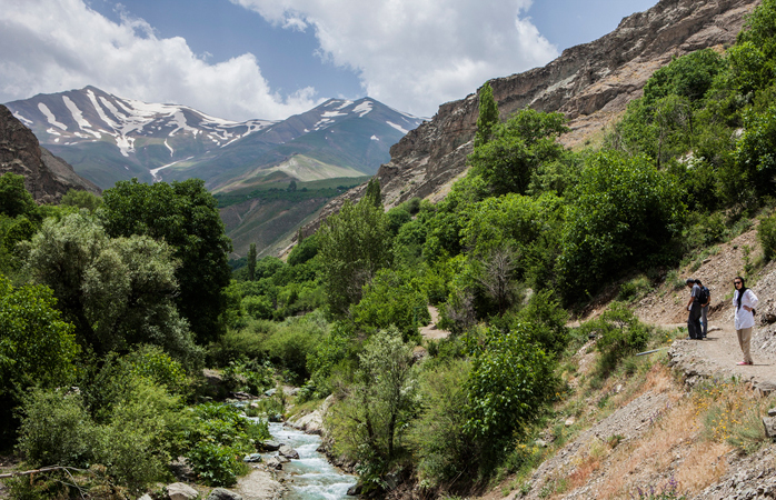 Das Elbursgebirge außerhalb von Teheran.© ninara