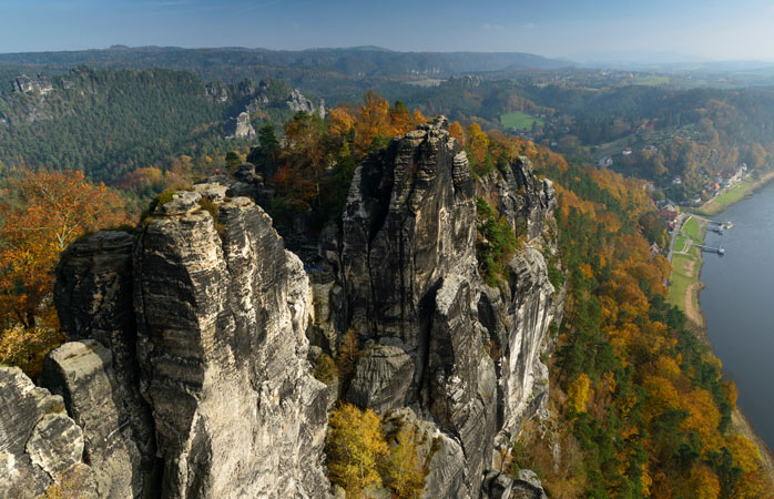Lass dich nicht vom Namen täuschen: Der Nationalpark Sächsische Schweiz ist ein deutsches Naturparadies.
