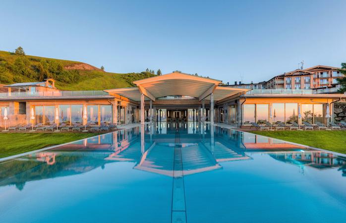 Infinity Pool des Mountain Resort Feuerberg