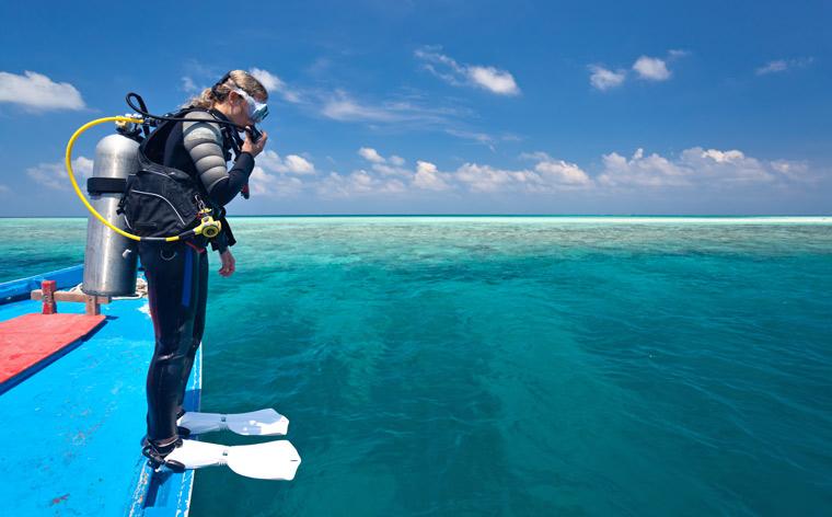 Tauchen für Anfänger: Tipps für deinen ersten Urlaub unter Wasser