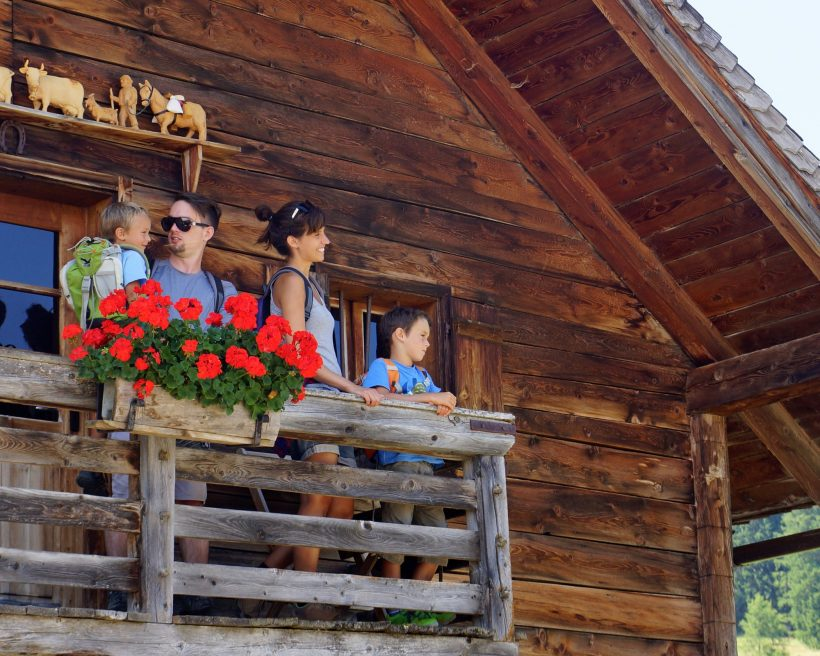 Wandern in Tirol: Alles funkelt beim Kristallwandern in der Region Hall-Wattens